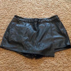Pants - Black Faux Leather Mini Skort (8)
